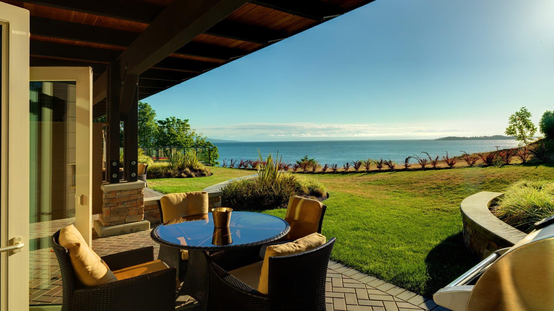 3-bedroom-waterfront-villa-img
